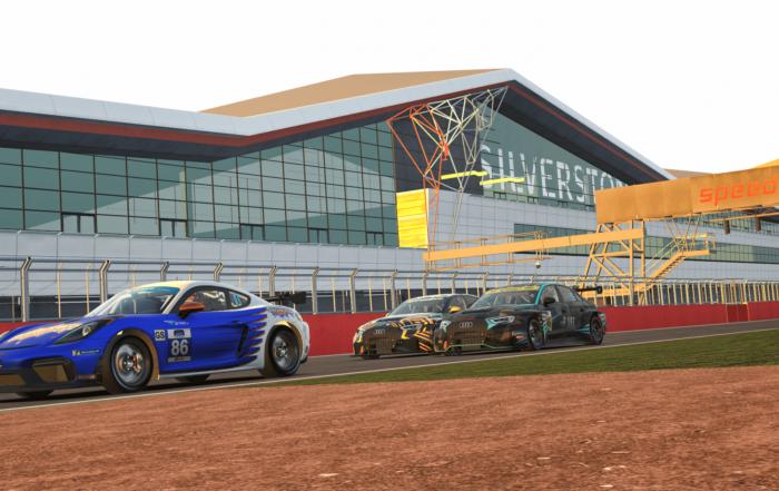 iRacing Endurance Championship TCR battle Silverstone